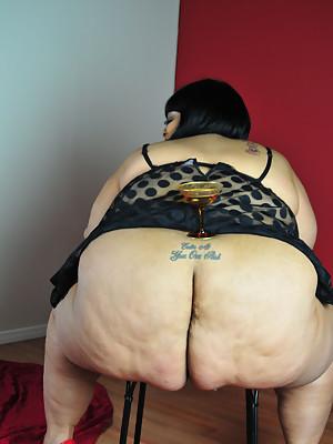 Huge ass glamorous BBW Farrah Foxx